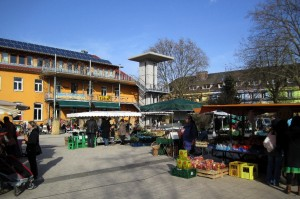 Enhanced human well-being through the biweekly framers market in Vauban, Germany, Images: http://www.vauban.de